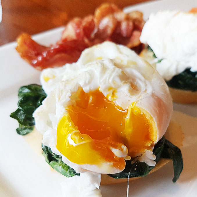 Amazing Poached Eggs!|The Market | Hua Hin