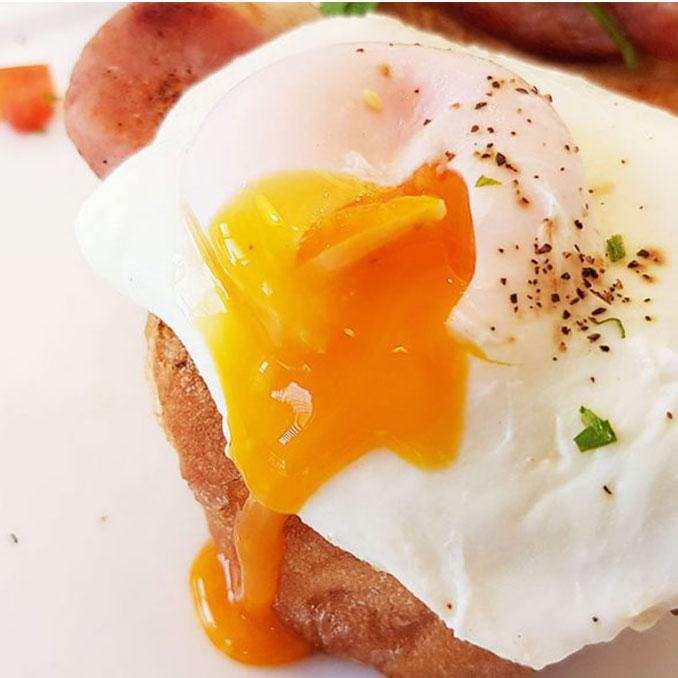 Eggs Benedict at Andreanna's Bread Cafe  | Khao Takiab | Hua Hin