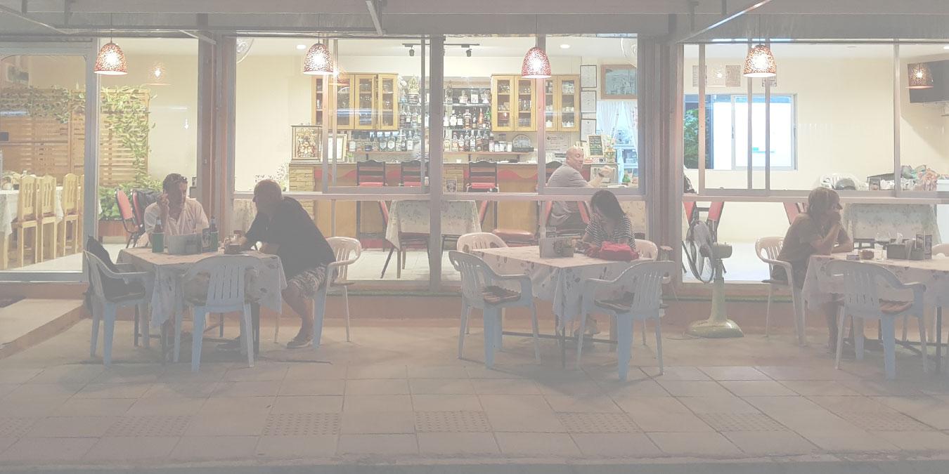 Oasis Cafe & Restaurant | Khao Takiab | Hua Hin | Thailand